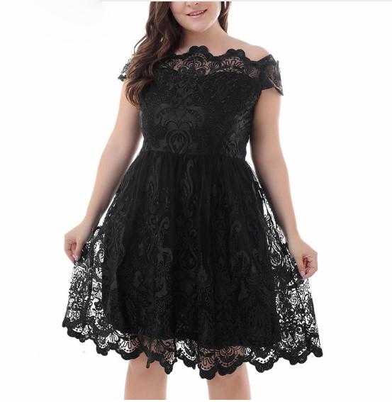 Women's Vintage Plus Size Lace-Trim Dress