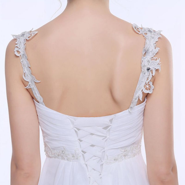 Delicate Chiffon Wedding Dress