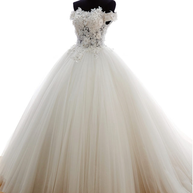 Elegant Long Off-Shoulder Lace Wedding Dress