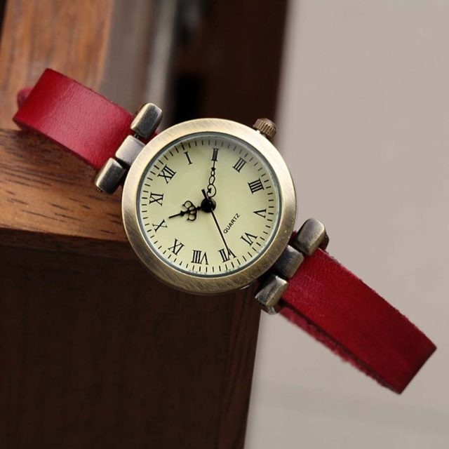 Women's Classic Vintage Style Watch