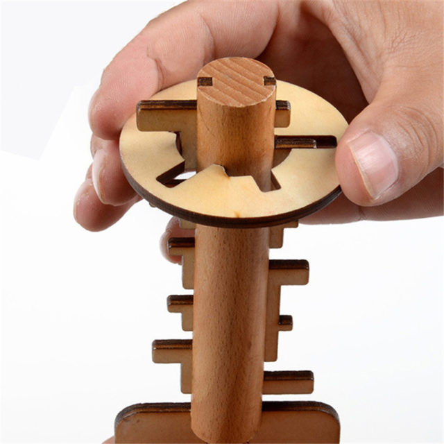 Kid's Wooden Puzzle Key Toy