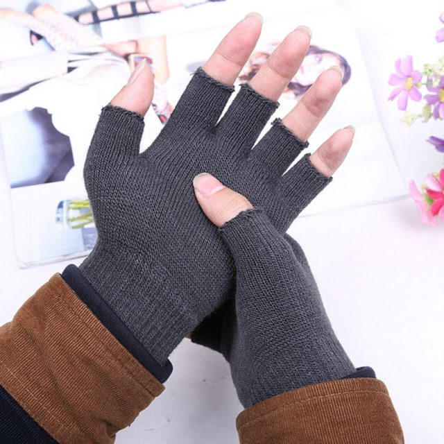 Fashion Solid Knitted Half Finger Gloves
