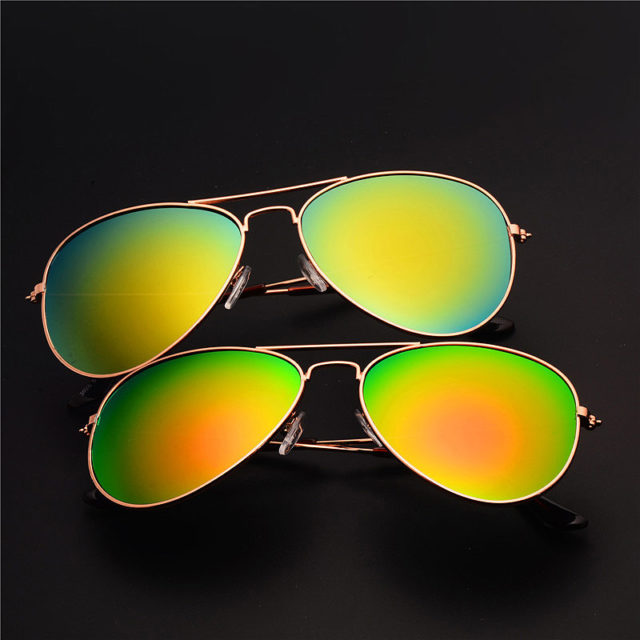 Men's Aviator Sunglasses with Metal Frame