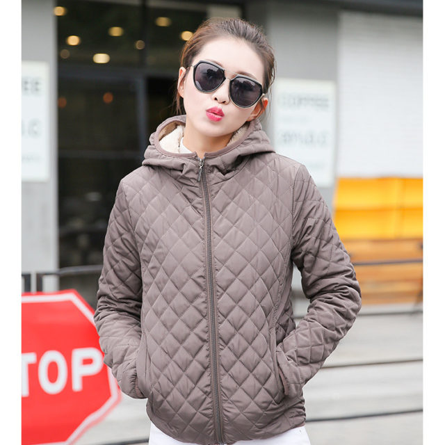 Women's Quilted Autumn Down Jacket