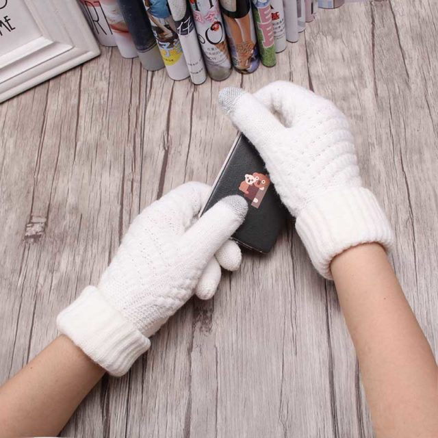 Women's Warm Winter Knitted Smartphone Gloves