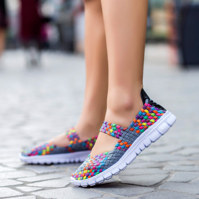 Fashion Summer Breathable Woven Women's Shoes