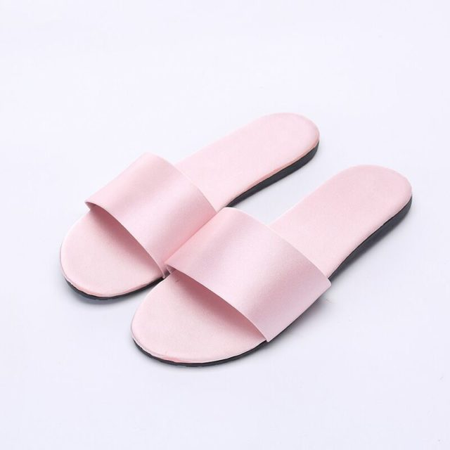 Fashion Women's Soft Colorful Slippers