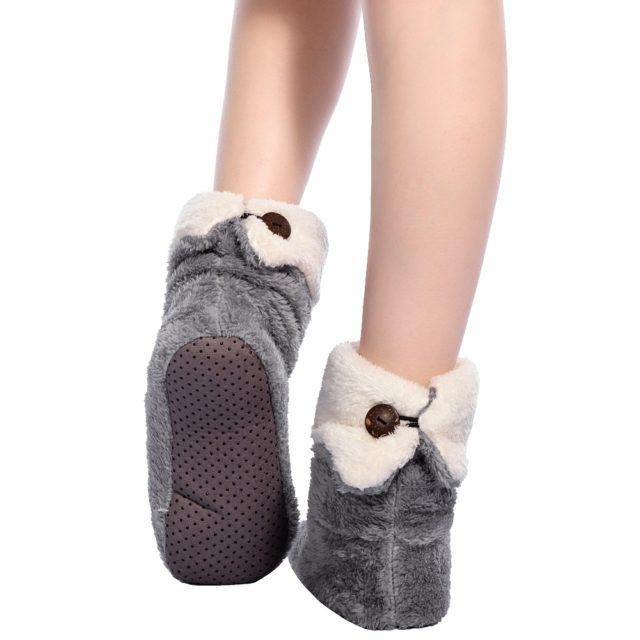 Pretty Women`s Warm Plush Socks