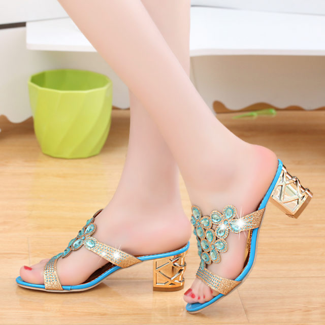 Women's Hollow Out High Heeled Flips