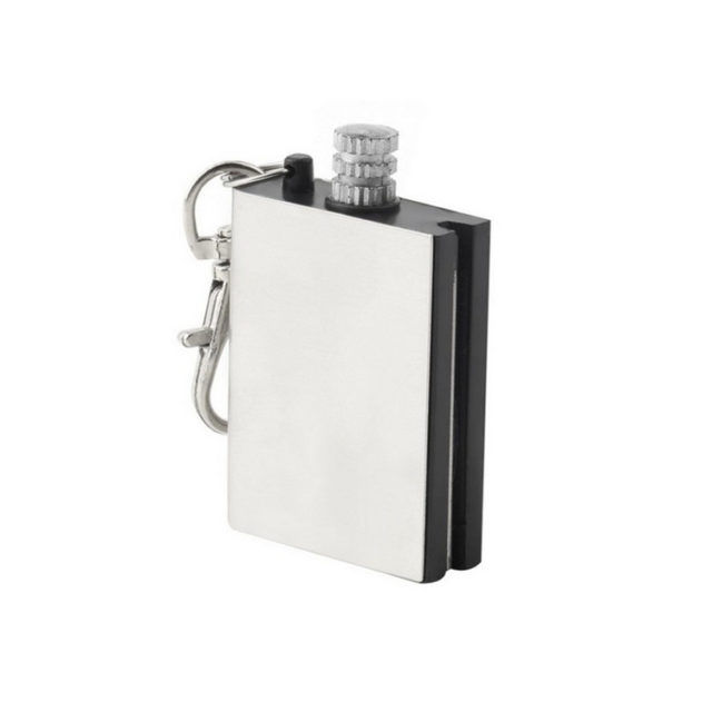 Military Style Emergency Fire Starter