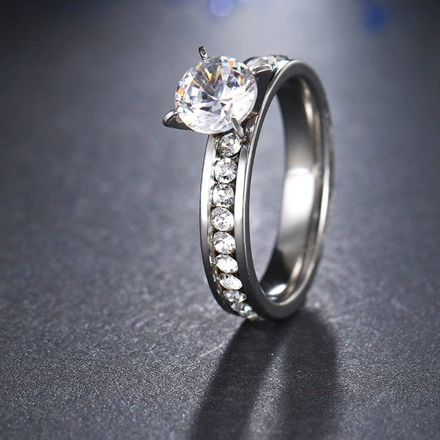 Women's Silver Plated Crustal Ring