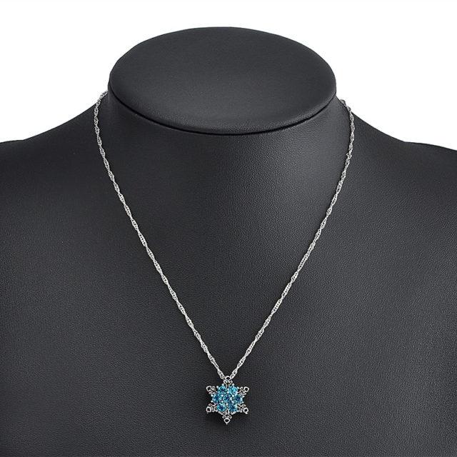 Snowflake Shaped Pendant Necklace
