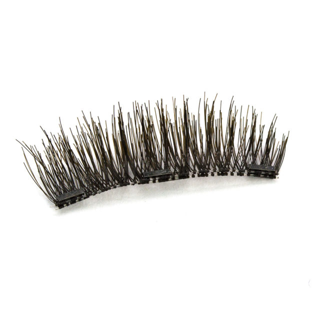 4 Pairs of Cute Long Magnetic Eyelashes