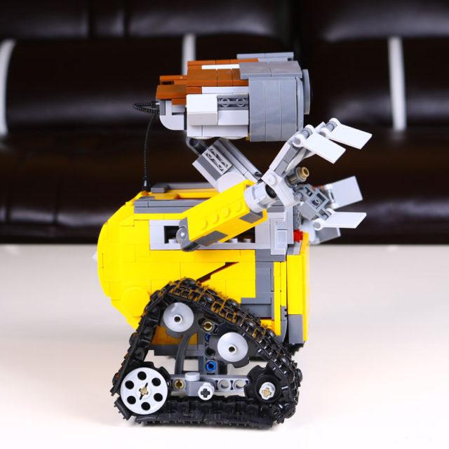 Robot WALL-E Lego